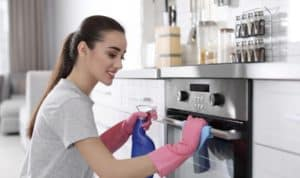 What Makes Oven Cleaners Good for Your Oven